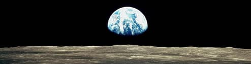 Apollo 8 image of Earthrise over the Moon.