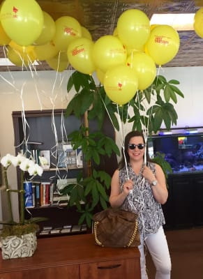 Stacy_with_balloons.jpg