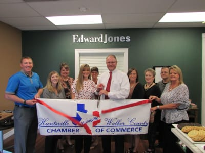 Edward-Jones-Financial-Advisor-Scott-Francis.jpg