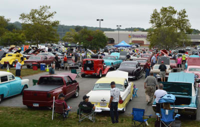 2017CarShow_0361_full-lot_small_gallery.jpg