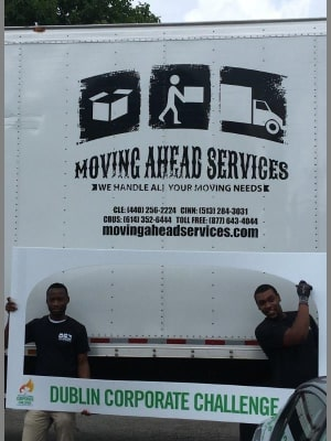 moving-ahead-service_42874580362_o.jpg