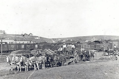 Early-Rail-yard.jpg