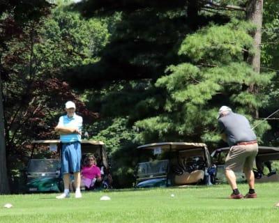 Golf129.jpg