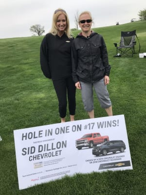 2018-Golf-Julie-and-Julie.jpg