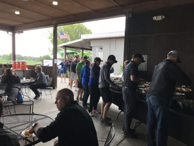 2018-Golf-line-for-food.jpg