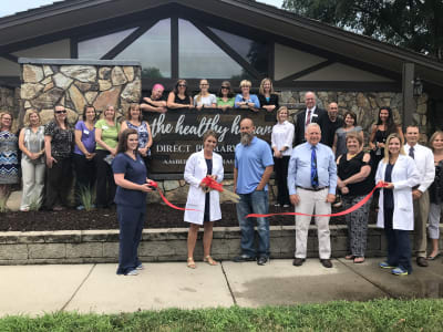 Healthy-Human-ribbon-cut.JPG