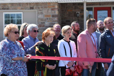 Group-picture-at-Red-Edge-Realty-Ribbon-Cutting-w1496.jpg