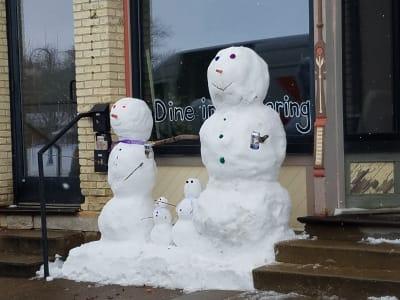 snowman-by-black-sheep.jpg