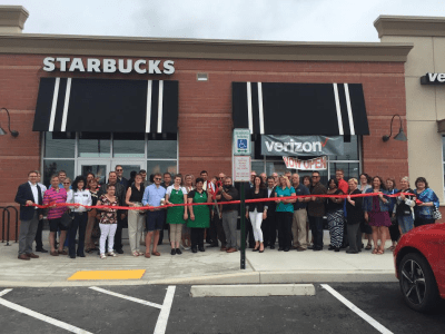Verizon-Starbucks_Ribbon_cutting.png