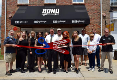 Bond-Beauty-Ribbon-Cutting.jpg