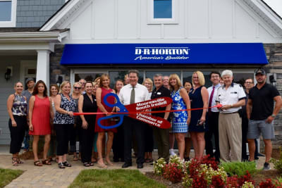 DR-Horton-Ribbon-Cutting.jpg