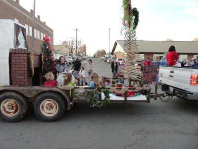 3rd_place_Float_Winner_Christmas_Parade_2015.jpg