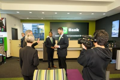 WBCC-TDBank-RibbonCutting-031016-001.jpg