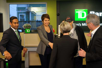 WBCC-TDBank-RibbonCutting-031016-009.jpg