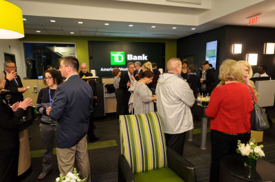 WBCC-TDBank-RibbonCutting-031016-037.jpg
