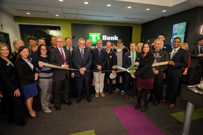 WBCC-TDBank-RibbonCutting-031016-041.jpg