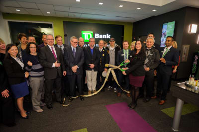 WBCC-TDBank-RibbonCutting-031016-045.jpg