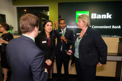 WBCC-TDBank-RibbonCutting-031016-072.jpg