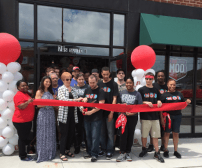 Mod_Pizza_Grand_Opening.png