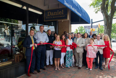 Daniel-Wealth-Management-Ribbon-Cutting-12.jpg