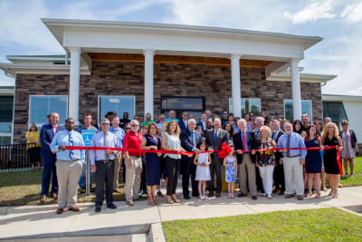 Re-Max-Summit-Ribbon-Cutting-26.jpg