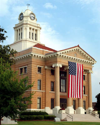 Original_Picture_of_COurthouse-w1500.jpg
