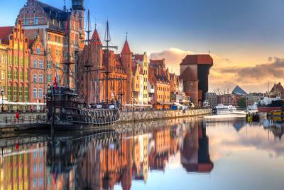 Gdansk-AdobeStock_281135225-w1407.jpg