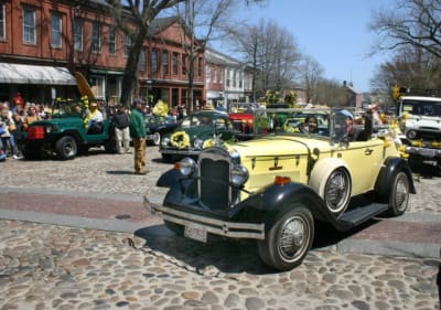 Daffodil-Car-Parade.jpg