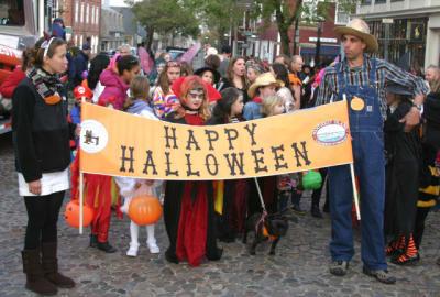Halloween-Parade(1).jpg