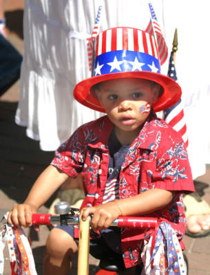 July-4th-Childrens-Bicycle-Parade(1).jpg
