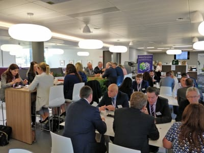 Speed-Networking-at-Mallinckrodt-12.jpg