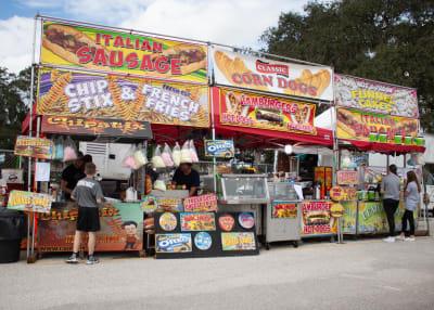 food-vendors.jpg