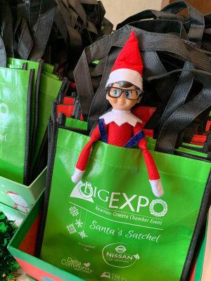 expo-santa-satchel-w600.jpg