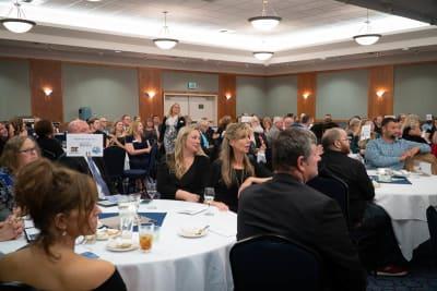 Burlington-Chamber-Awards-Banquet-00019-(1).jpg