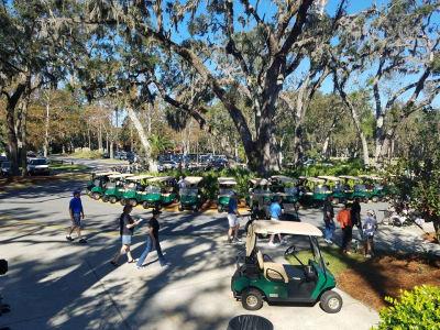 golf-carts-in-line.jpg