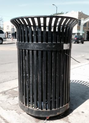 Iron_Trashcan.jpg