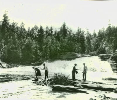 Henry-Ford-Harvey-Firestone-Swallow-Falls-toned-w1920.jpg