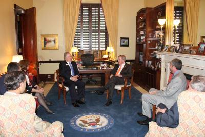 Senator_Isakson_Photo1.jpg