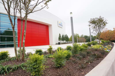 GICC-Gateway-Center-Arena---Front3.JPG-w1200.jpg