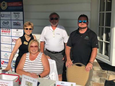 golf-6.21-volunteers.jpg
