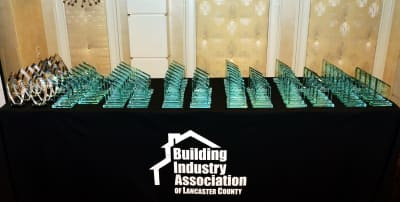 2016._BIA._Parade_of_Homes._Awards_Dnr._078.jpg