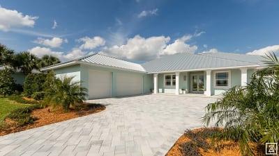 TCBA-2016---Laurel-Homes-102-(1).jpg