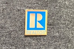 Realtor® Pin provided by Williamson County Association of Realtors®