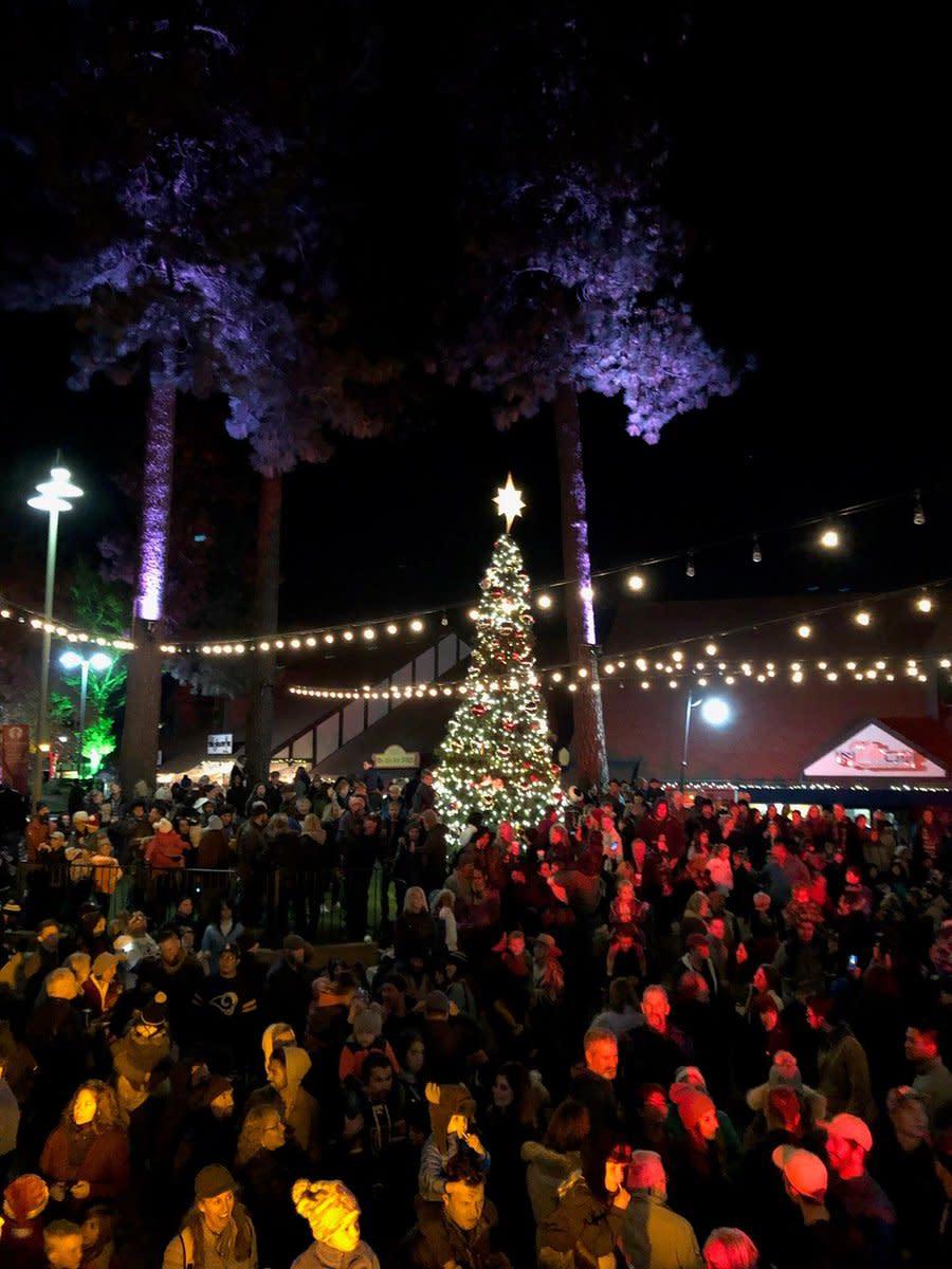 Lake Arrowhead Village Christmas Tree Lighting