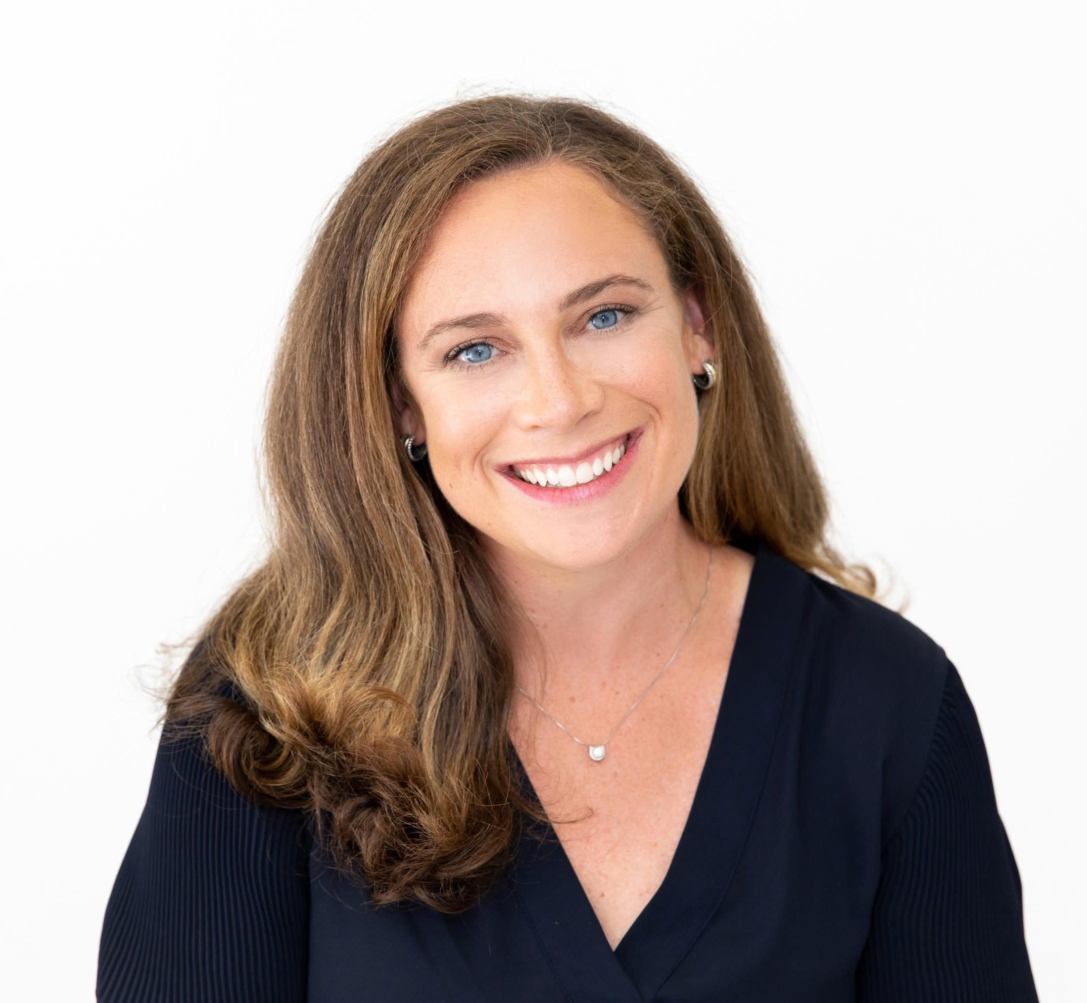 Annie Berger Headshot