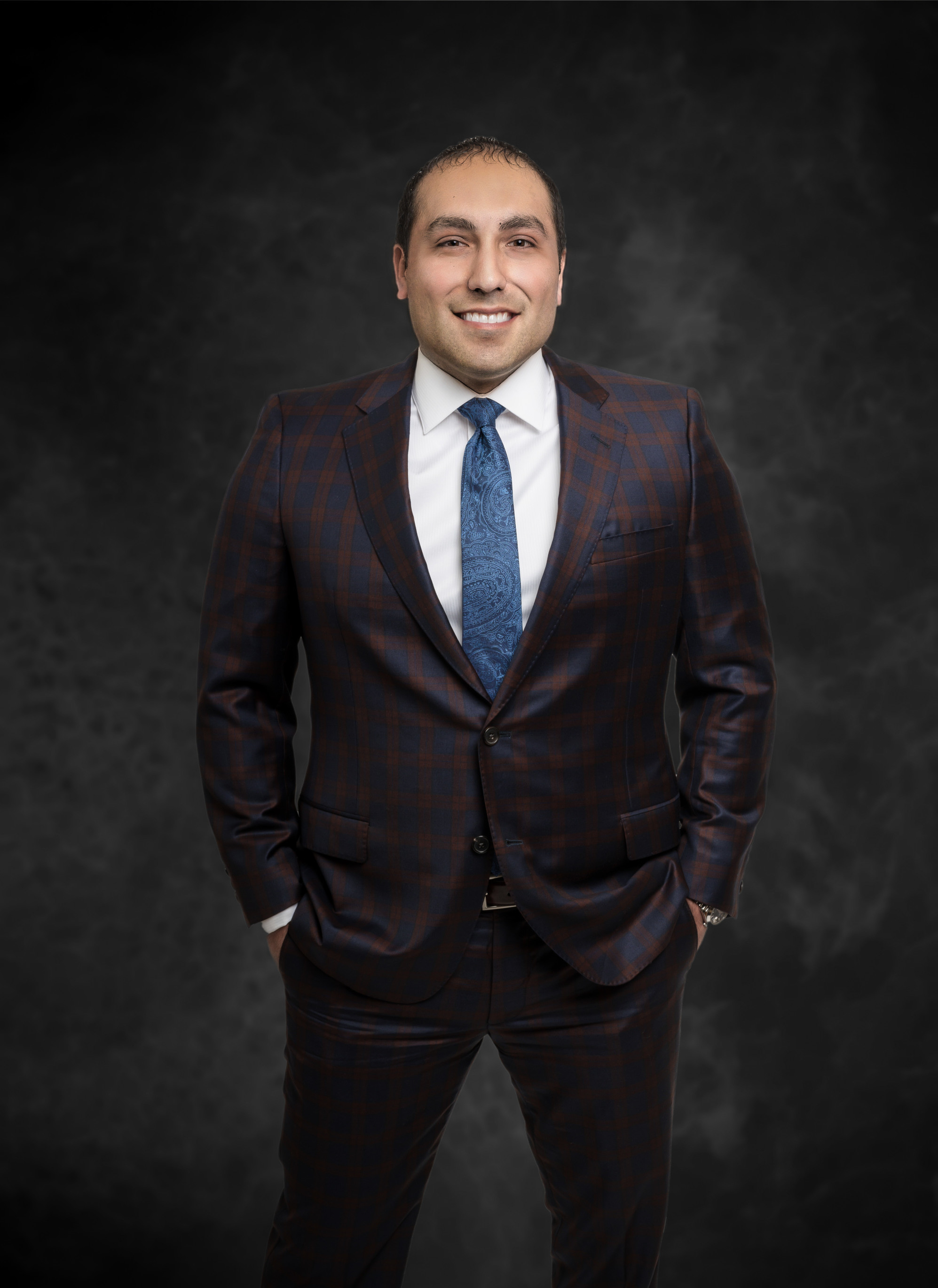 Family Law Attorney, Raul Sandoval