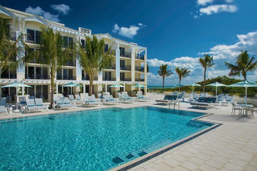 Hutchinson Shores Resort & Spa Pool View