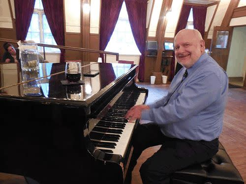 Steve Lawless on Piano