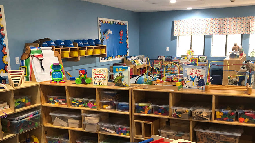 Science Akadémeia, the Atlanta Preschool of Science (SATAPOS)