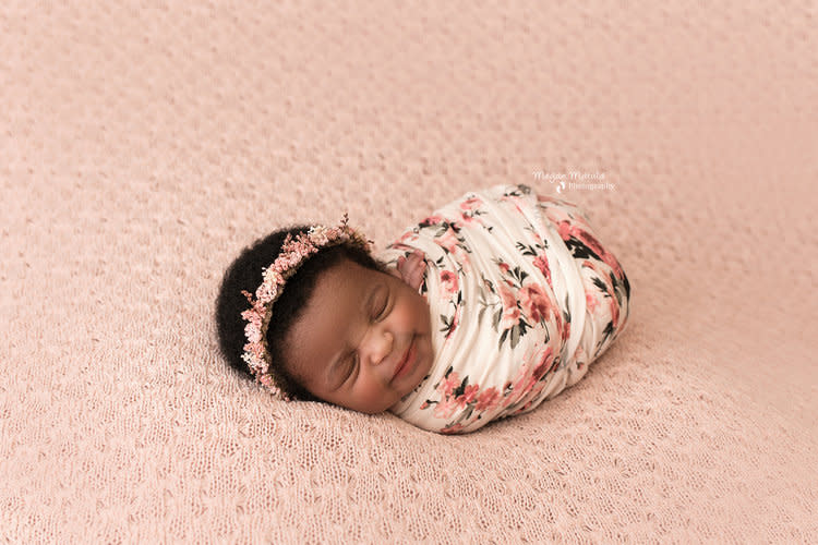 Newborn baby photography services in Houston, TX